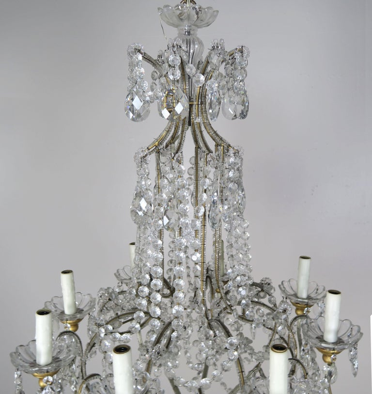 8-Light Italian Crystal Beaded Chandelier In Excellent Condition For Sale In Los Angeles, CA