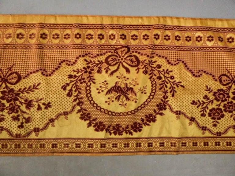 8 meters of Border in chiseled velvet - Late 18th century France For Sale 9