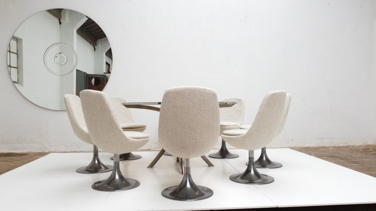 8 Space Age Swivel Dining Chairs, Cast Aluminum Tulips Base and New Upholstery For Sale 5