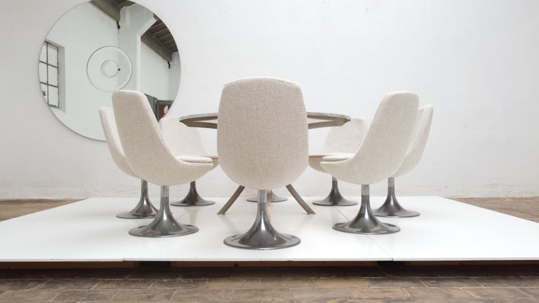 8 Space Age Swivel Dining Chairs, Cast Aluminum Tulips Base and New Upholstery For Sale 6