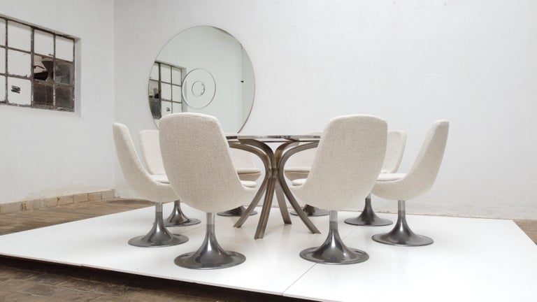 8 Space Age Swivel Dining Chairs, Cast Aluminum Tulips Base and New Upholstery For Sale 1