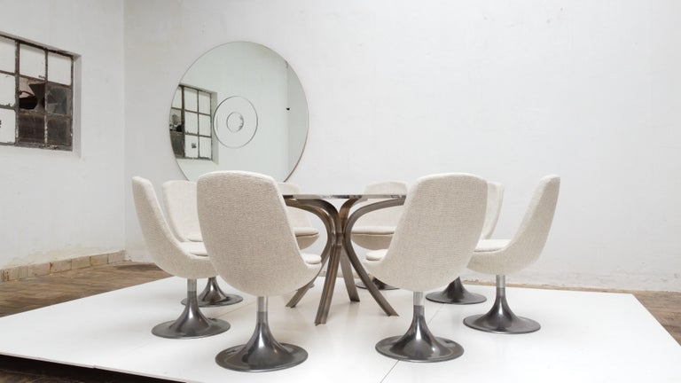 8 Space Age Swivel Dining Chairs, Cast Aluminum Tulips Base and New Upholstery For Sale 3