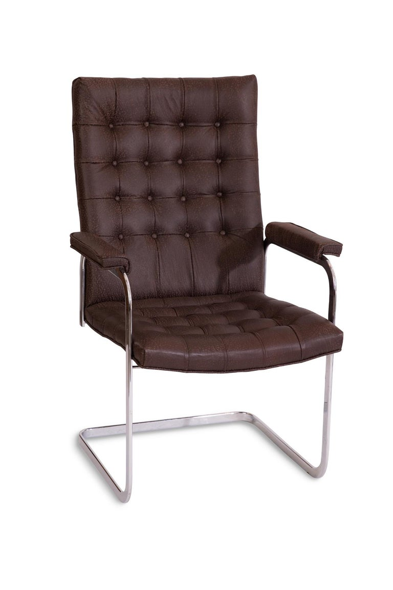 8 Stendig Leather and Steel Cantilevered Dining Chairs In Good Condition For Sale In Phoenix, AZ