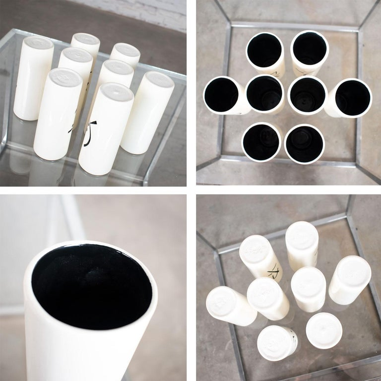 8 Vintage Mid-Century Modern Ceramic Tumblers White and Black with Asian Symbols For Sale 5