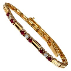 .80 Carat Natural Ruby .33 Carat Diamonds Vintage Bracelet 14 Karat