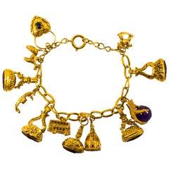 8.00 Carat Amethyst 0.50 Carat Blue Sapphire Carnelian Yellow Gold Bracelet