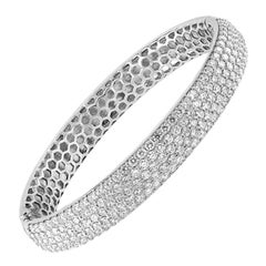 8.00 Carat Diamond Bangle, Five Rows of Round Brilliant Cut Diamonds, 18kt White
