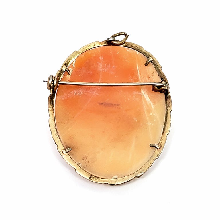 800 Silver Gold Vermeil Three Ladies Dancing Cameo Brooch / Pendant In Good Condition For Sale In New Milford, CT