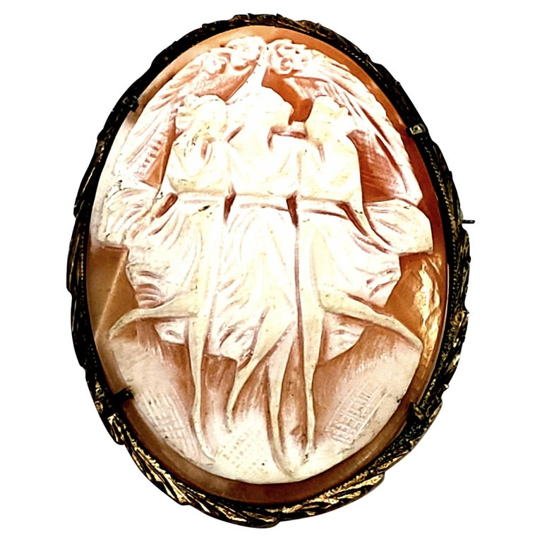 800 Silver Gold Vermeil Three Ladies Dancing Cameo Brooch / Pendant For Sale
