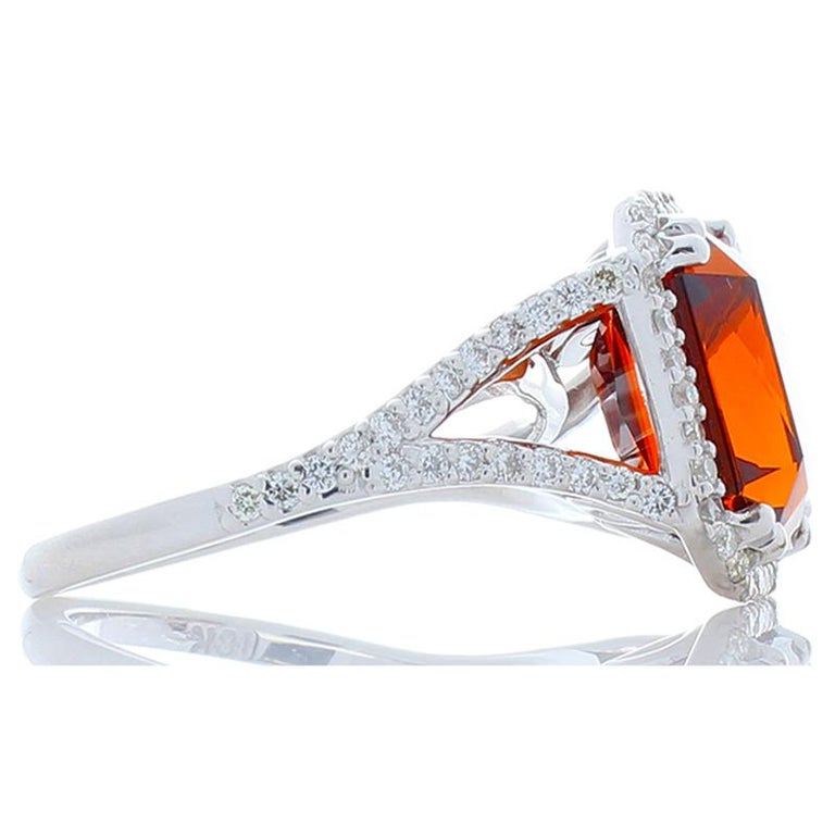 Contemporary 8.05 Carat Emerald Cut Spessartite Garnet and Diamond White Gold Cocktail Ring For Sale