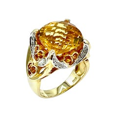 8.07 Carat Faceted Cushion Citrine and Diamond Yellow Gold Fashion Ring