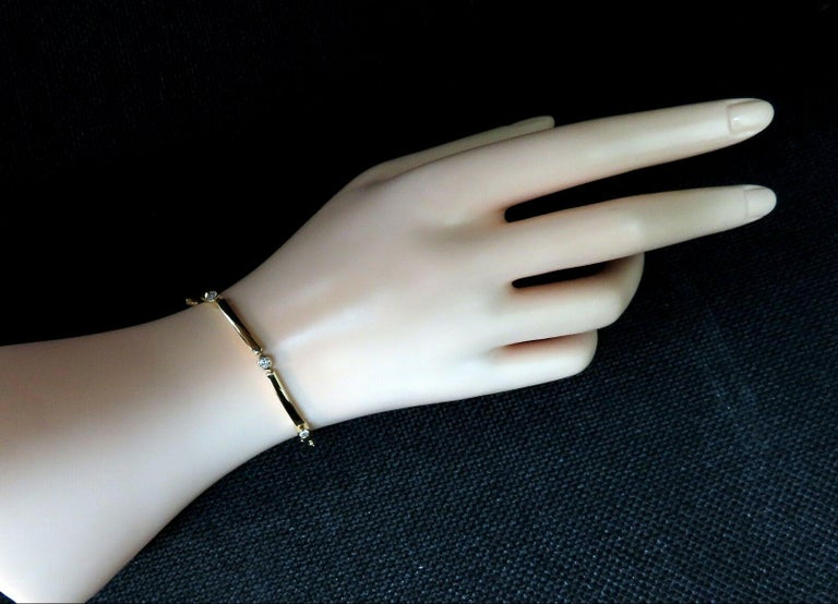 Women's or Men's .80 Carat Natural Round Diamonds Arch Bar Link Bracelet 14 Karat For Sale