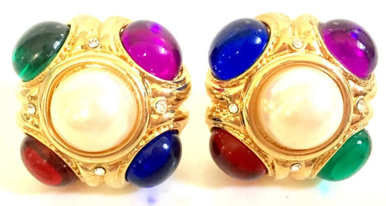 80'S Ciner Style Gold Poured Glass & Pearl Rhinestone Earrings In Good Condition For Sale In West Palm Beach, FL