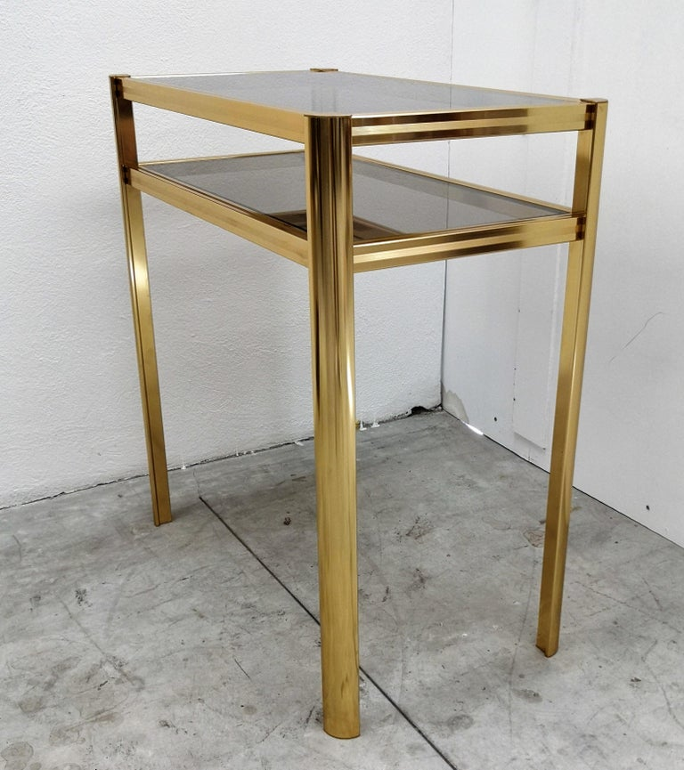 1980s Hollywood Regency Mid-Century Modern Brass and Smoked Glass Console For Sale 1