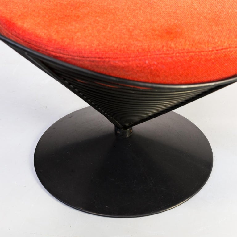 1980s Verner Panton Cone Chair for Fritz Hansen, Set of 2 For Sale 9