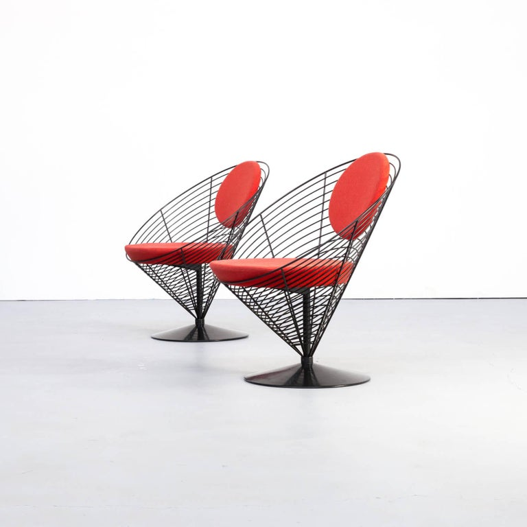 Mid-Century Modern 1980s Verner Panton Cone Chair for Fritz Hansen, Set of 2 For Sale