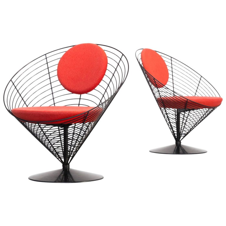 1980s Verner Panton Cone Chair for Fritz Hansen, Set of 2 For Sale