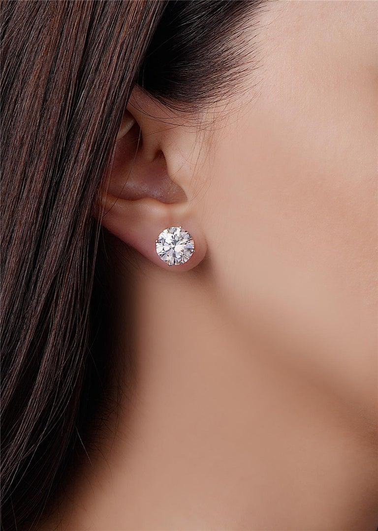 Women's 8.11 Carat G VS1 GIA Certified Round Brilliant Diamond Stud Earrings For Sale