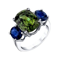 8.15 Carat Chrysoberyl and Blue Sapphire 18k White Gold Ring