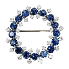 8.17 Carats Total Sapphire and Diamond Open Circle Wreath Brooch in Platinum