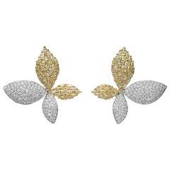 8.20 Carat White and Yellow Diamond 18 Karat Gold Leaf Stud Earrings