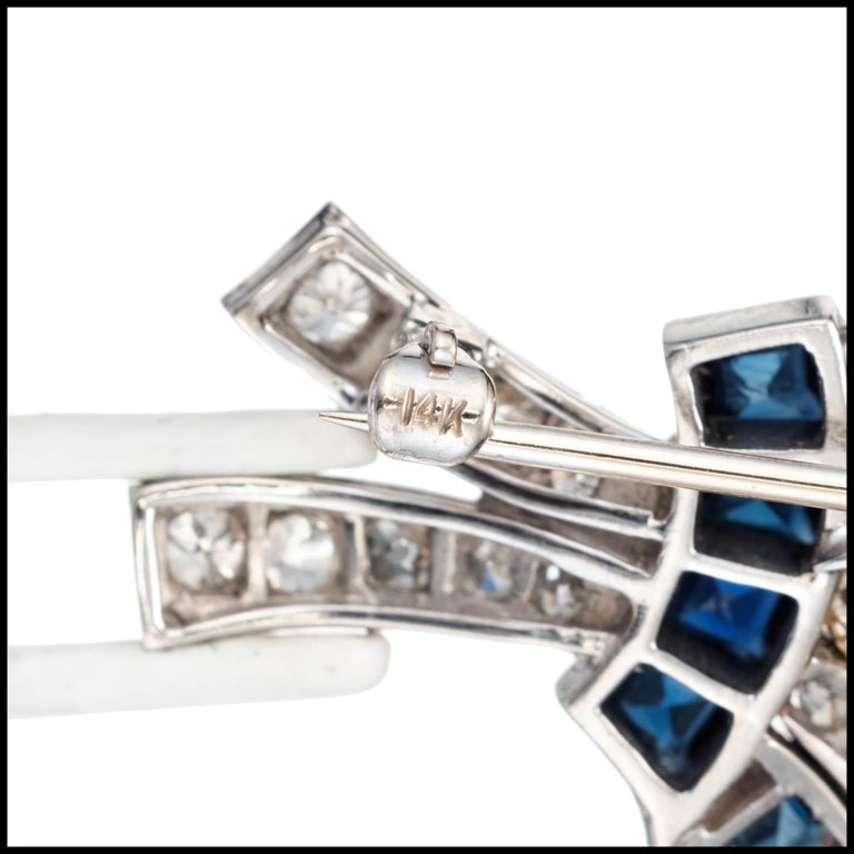 8.22 Carat Diamond Sapphire Platinum Flower Brooch, circa 1940s In Good Condition For Sale In Stamford, CT