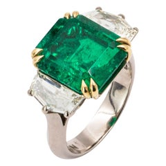 8.29 Carat White and Yellow Gold Three-Stone Green Emerald and Diamond Ring