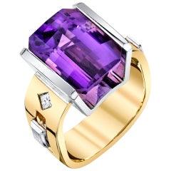 8.33 Carat Amethyst and 0.16 Carat Diamonds 18 Karat Yellow White Gold Ring