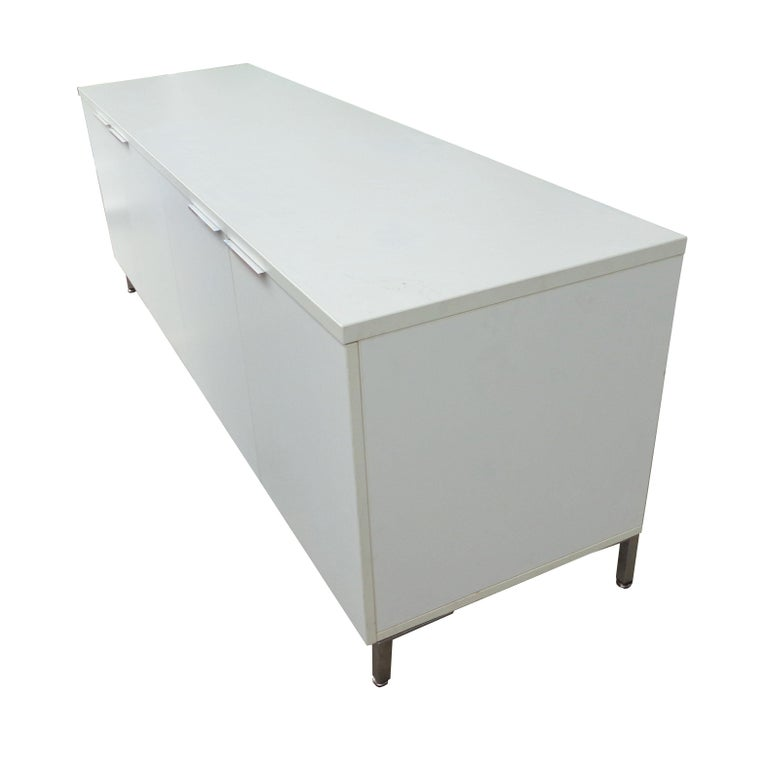 Knoll style white credenza. Measures: 84