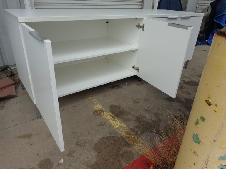 Chrome Knoll Style White Credenza For Sale