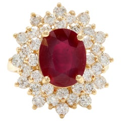 8.40 Carat Impressive Red Ruby and Diamond 14 Karat Yellow Gold Ring
