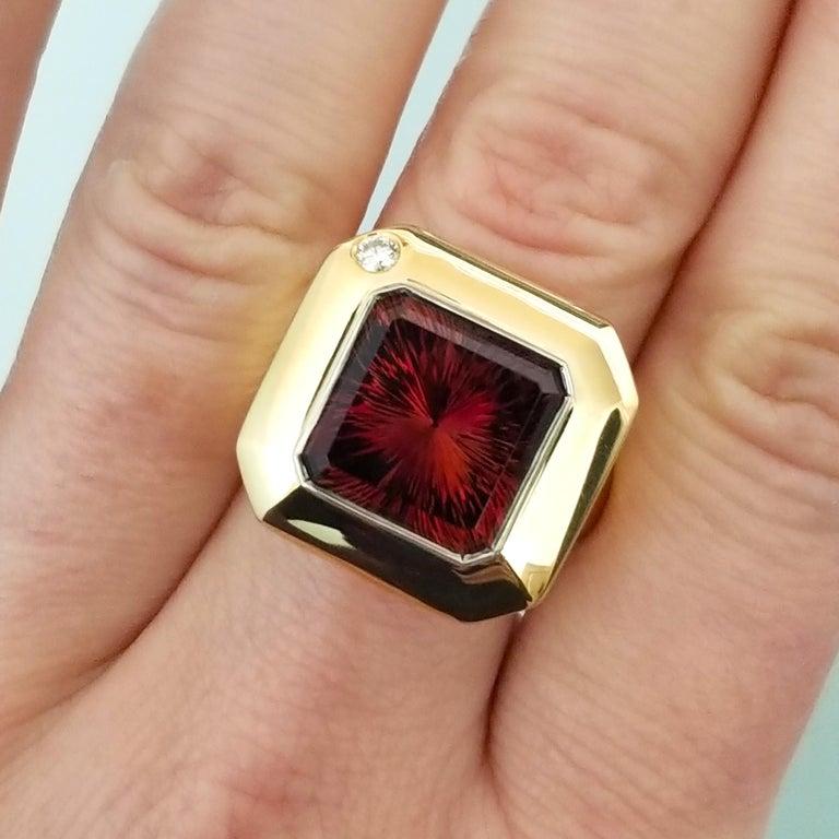 8.43 Carat Oregon Sunstone and Diamond 18 Karat and Platinum Ring For Sale 1