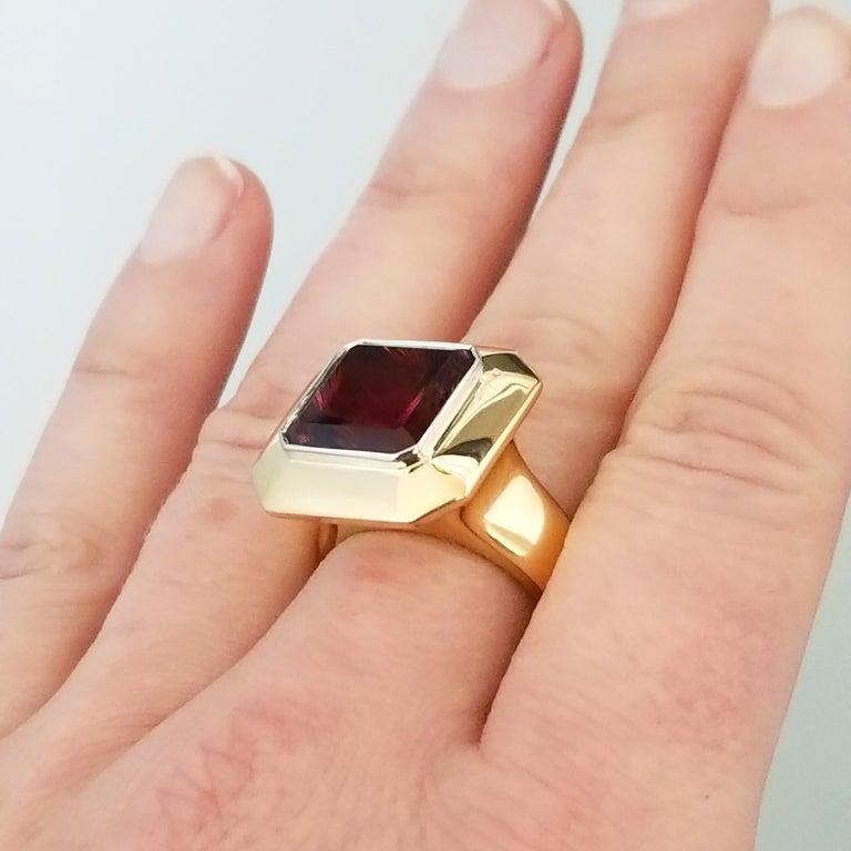 8.43 Carat Oregon Sunstone and Diamond 18 Karat and Platinum Ring For Sale 2