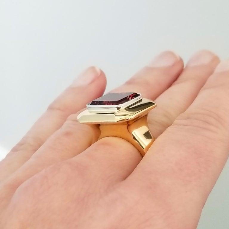 8.43 Carat Oregon Sunstone and Diamond 18 Karat and Platinum Ring For Sale 3