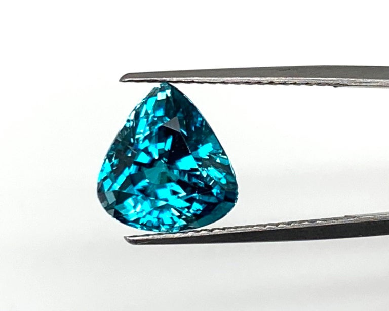 Women's or Men's 8.46 Carat Blue Zircon Trillion, Unset Loose Gemstone for Ring or Drop Pendant For Sale