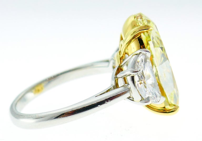 8.47 Carat Fancy Yellow Diamond GIA Platinum Ring Solitaire For Sale 3