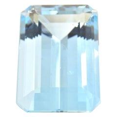 8.49 Carat Emerald Cut Aquamarine Loose Gemstone