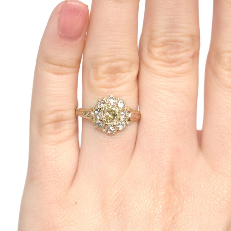 .85 Carat Diamond Yellow Gold Engagement Ring For Sale 2