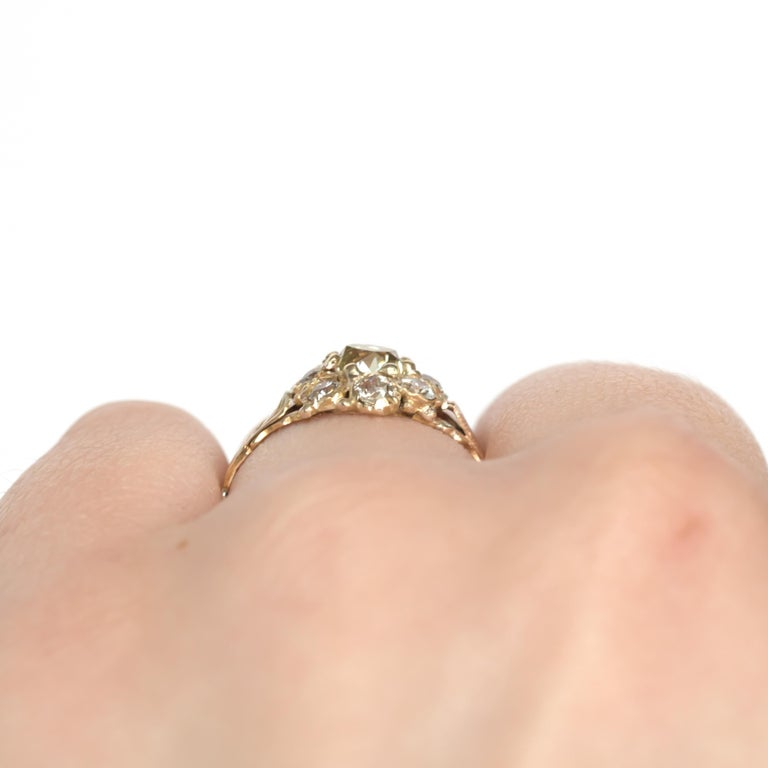 .85 Carat Diamond Yellow Gold Engagement Ring For Sale 4
