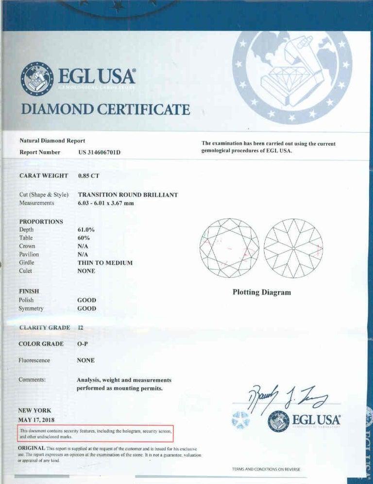 Round Cut .85 Carat Round Diamond Platinum Gold Solitaire Engagement Ring For Sale
