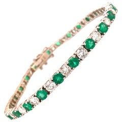 8.50 Carat Emerald and Diamonds Straight-Line Bracelet, 14 Karat Gold