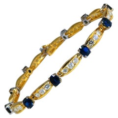 8.50 Carat Natural Vivid Royal Blue Sapphires Diamond Bracelet 14 Karat