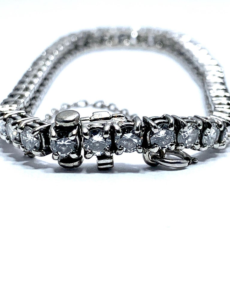 8.50 Carat Round Brilliant Diamond Platinum Straight Line Tennis Bracelet For Sale 2
