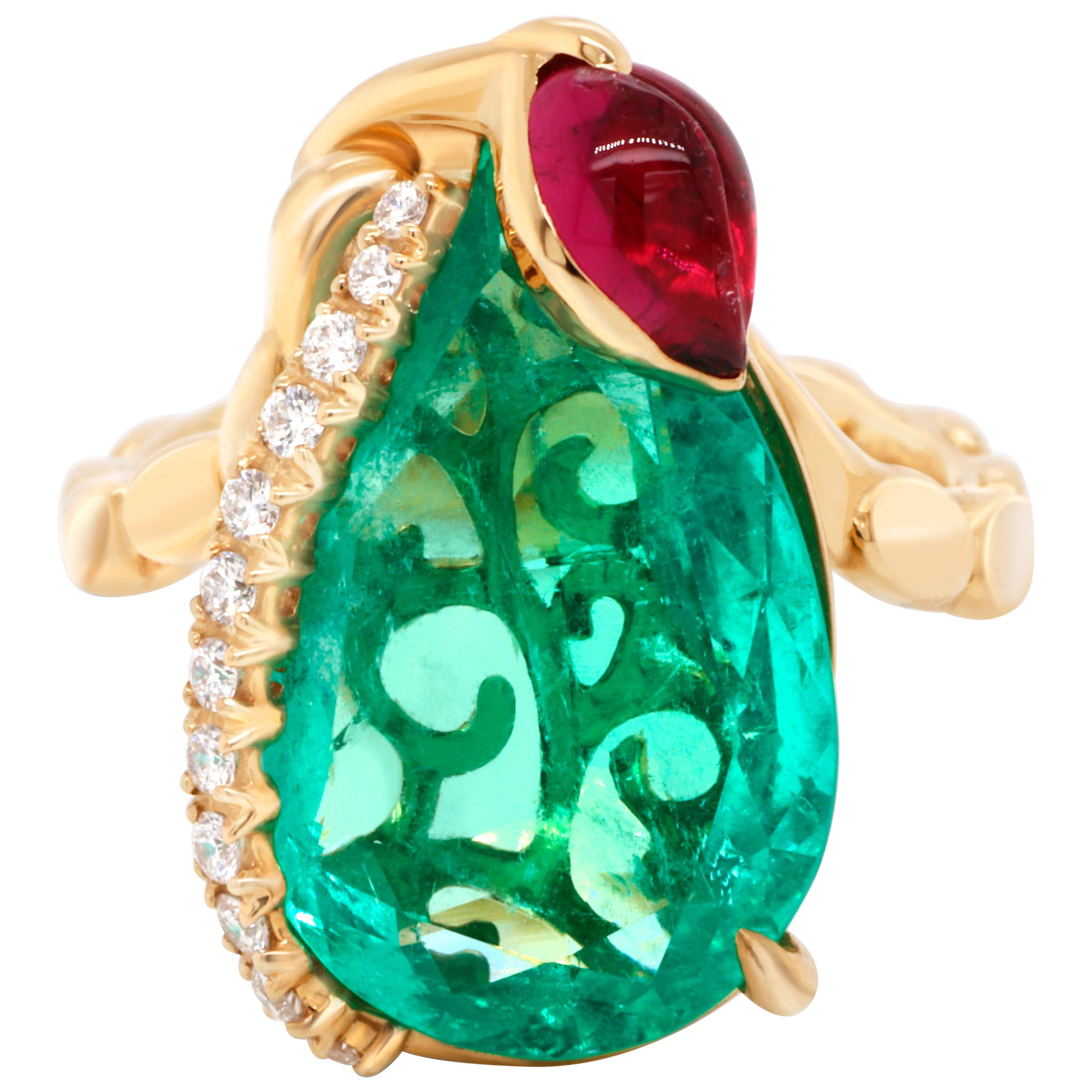 8.51 Ct Colombian Emerald 18 Karat Gold Diamond GIA Certified Cocktail Ring