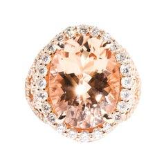 8.57 Carat Oval Morganite 1.72 Carat Diamond 18 Carat Rose Gold Cocktail Ring