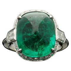 8.59 Carat Sugar Loaf Cabochon Colombian Emerald Ring with Diamond Halo