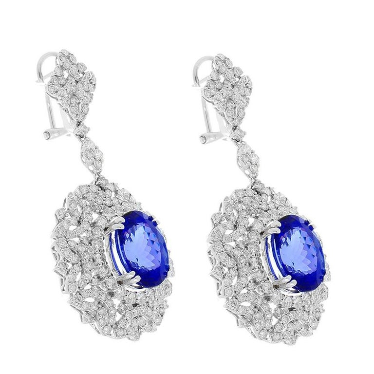 Contemporary 8.70 Carat Total Oval Tanzanite and Diamond Earrings in 18 Karat White Gold For Sale