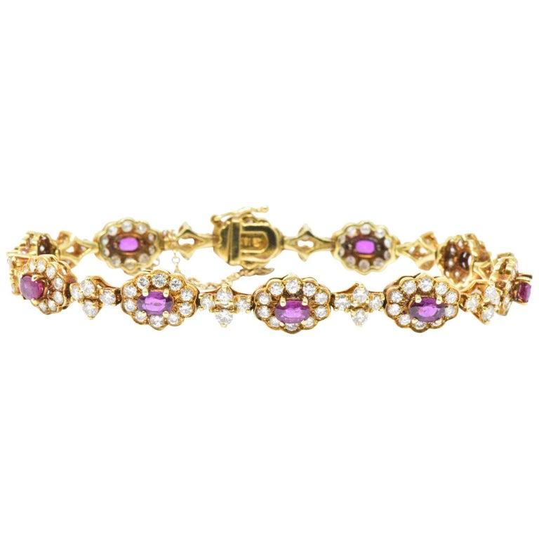8 75 Carat Ruby Diamond and 18 Karat Yellow Gold Vintage Bracelet