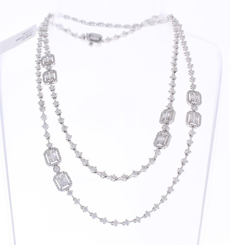Contemporary 8.76 Carat Total Baguette and Round Diamond Necklace in 18 Karat White Gold For Sale