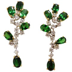 8.77ct natural vivid green tsavorite diamond dangle earrings 18kt cluster vine